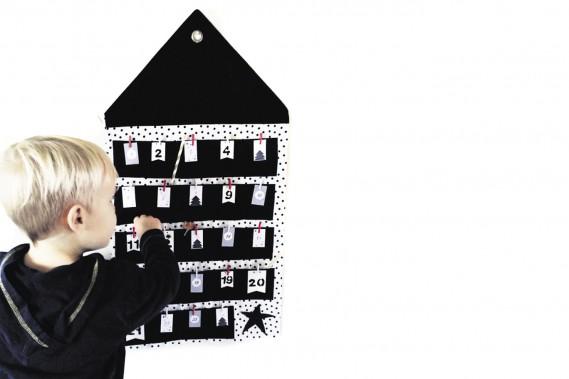 Calendrier de l'Avent Maison en coton, fait main par Cyandegre, 35 $ sur Etsy (plus 5 $ en frais de livraison au Canada) (Fournie par Cyandegre)