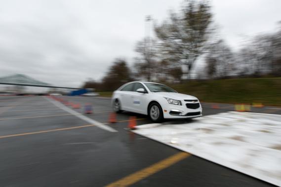 Au fil des années, l'instructeur observe une prise de conscience manifeste chez les automobilistes, qui seraient de plus en plus nombreux à suivre des cours de perfectionnement. (Photo François Roy, La Presse)