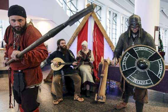 L'exposition<em>Vikings</em>, au Musée canadien de l'histoire, abat les mythes entourant les guerriers scandinaves. (Patrick Woodbury, LeDroit)