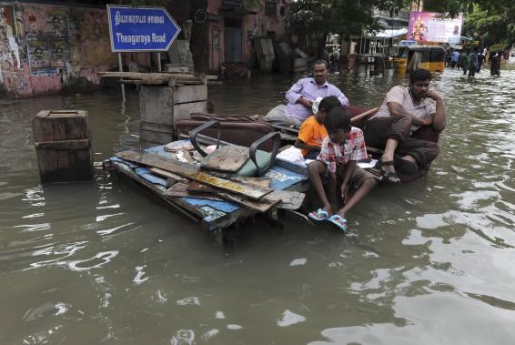 Des milliers de personnes ont été chassées de chez elles. (AFP)