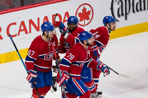 Les joueurs du Canadien festoient après le but de leur capitaine Max Pacioretty. (PHOTO ULYSSE LEMERISE, COLLABORATION SPÉCIALE)