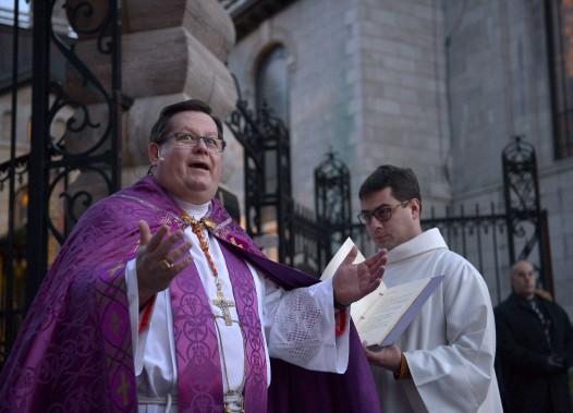 «C'est un grand jour», s'est exclamé Mgr Lacroix avant le début de la cérémonie. (Photo Le Soleil, Yan Doublet)