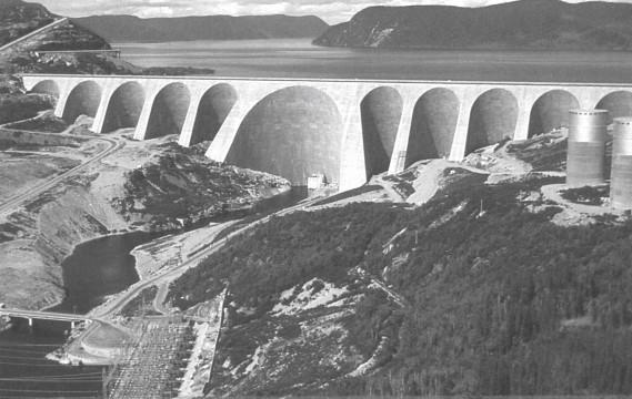 Le barrage Manic-5 (Archives Le Soleil)