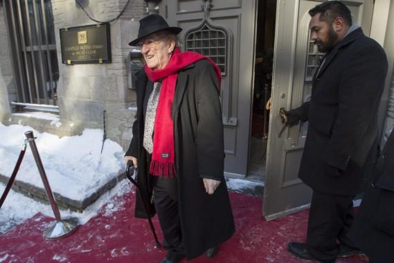 Jean Lapointe a tenu à rendre un dernier hommage à René Angélil. (PHOTO LA PRESSE CANADIENNE)
