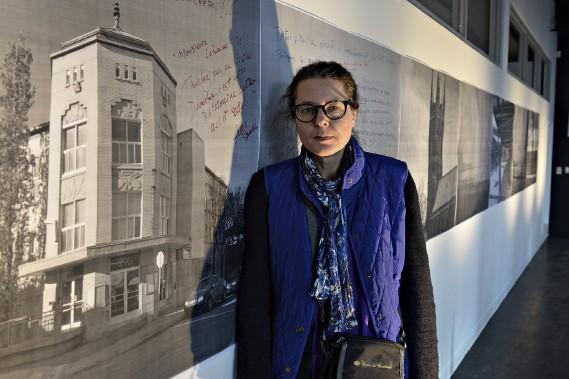 Suzanne Jobidon trouve inconcevable que la Ville accepte de détruire le Centre Durocher, dans le quartier Saint-Sauveur. (Le Soleil, Patrice Laroche)
