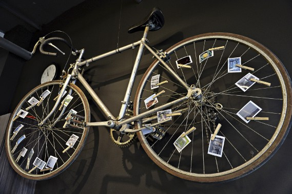 Retour nostalgique sur l'enfance? Désir de voir la ville mieux adaptée aux vélos? À chacun de choisir le message qu'il perçoit. (Le Soleil, Patrice Laroche)