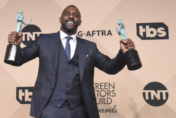 Idris Elba l'a emporté pour son rôle de soutien dans le film <em>Beasts of No Nation</em>, décrochant aussi un prix pour le meilleur acteur dans un film pour la télévision ou minisérie pour <em>Luther</em>. ()