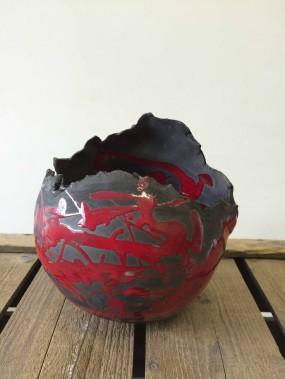Estelle Dezauziers travaille différentes techniques. Les oeuvres qui en résultent prennent place dans son espace boutique à Charlesbourg. (Fournie par Terre et biscuit)