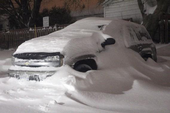 Plus de 49 cm de neige sont tombés sur la capitale fédérale, mardi, éclipsantle précédent record de 40,6cm, qui datait de1947. (Etienne Ranger, LeDroit)