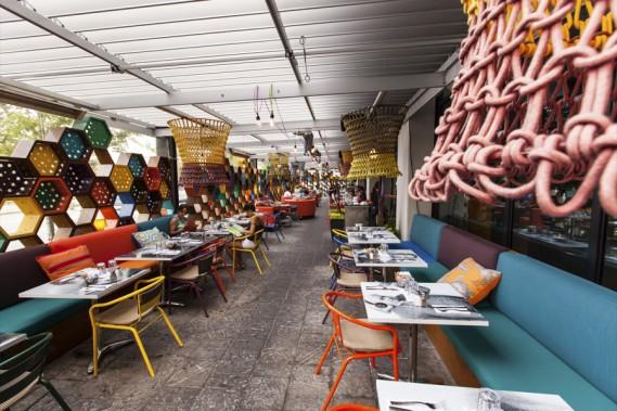 Le restaurant Cosmos LB9, dans le quartier Lebourgneuf, imaginé par Nathalie Perron designer, a remporté le prix Terrasse commerciale. (Mammouth3)