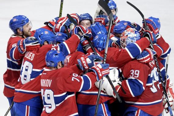 Le Canadien célèbre sa victoire acquise en tirs de barrage. (PHOTO BERNARD BRAULT, LA PRESSE)