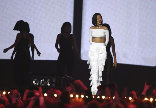 Rihanna a fait forte impression avec son interprétation de <em>Work</em>. (AP, Joel Ryan)