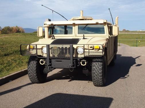 Le Hummer Humvee, de <i>Tireur d'élite américain</i> ()