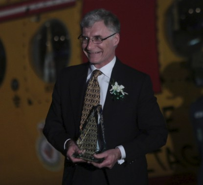 John Mark Keyes, récipiendaire du Laurier du francophile de l'année (Etienne Ranger, LeDroit)