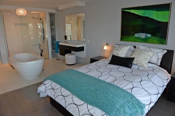 La chambre principale est une véritable suite d'hôtel. (Le Soleil, Erick Labbé)