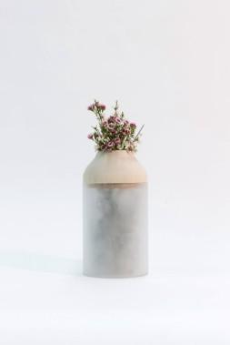 Anthèse, un pot à compost fait de bois, d'acrylique et de liège, a été conçu par Gabriel Demeule, Vincent Foster, Philippe Vézina et Alexis Boivin. (Photo fournie par L'Objet)