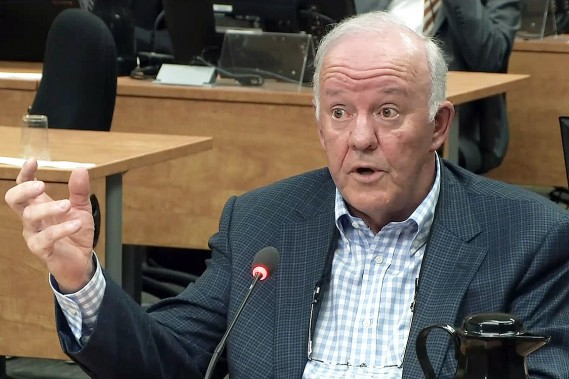 L'ex-ministre des Transports, ex-ministre de la Santé et ex-vice-président du développement des affaires chez la firme d'ingénierie Roche, Marc-Yvan Côté, ici à la Commission Charbonneau le 11 juin 2014. (ARCHIVES LA PRESSE)