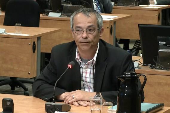 Bruno Lortie, ex-chef de cabinet de la ministre Nathalie Normandeau, à la Commission Charbonneau le 17 juin 2014. (ARCHIVES LA PRESSE)