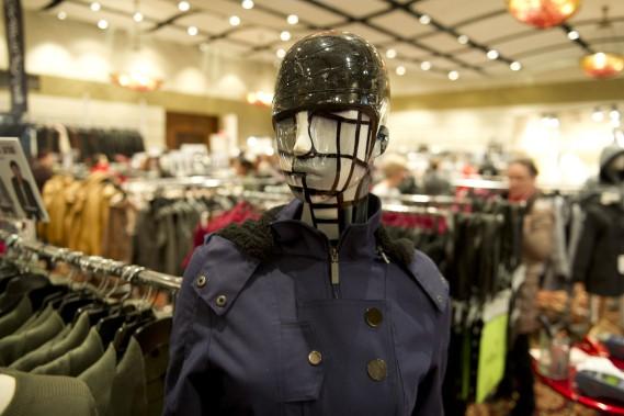Un mannequin aux allures futuristes (Martin Roy, LeDroit)
