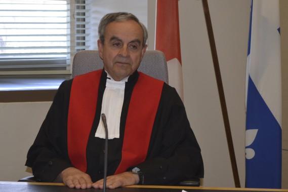 Le juge Rosaire Larouche prend sa retraite après 25 années de magistrature. (Photo Le Quotidien, Louis Potvin)