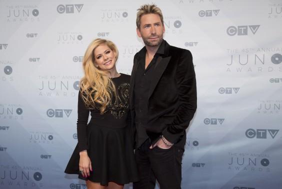 Avant le début du gala, le chanteur du groupe Nickleback Chad Kroeger a attiré l'attention en arrivant sur le tapis rouge en compagnie de la chanteuse Avril Lavigne.Le couple avait annoncé sa séparation l'an dernier. (La Presse Canadienne, Jeff McIntosh)