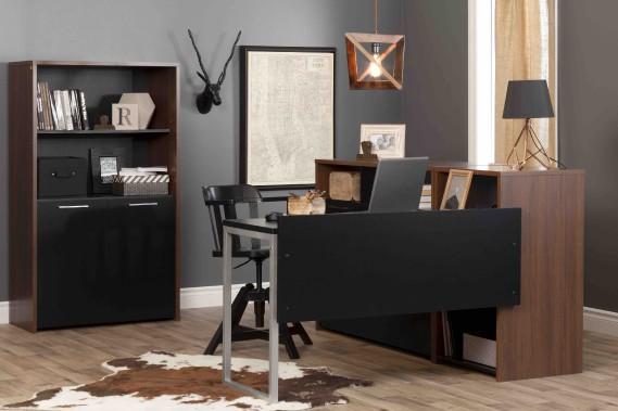 Les meubles de bureau de style contemporain de la collection Tasko ont plusieurs possibilités de configuration, grâce à leur fini laminé sur toutes leurs faces. De couleur noyer brun ou noir solide, ils facilitent l'organisation d'un bureau familial ou professionnel. (Fournie par Meubles South Shore)