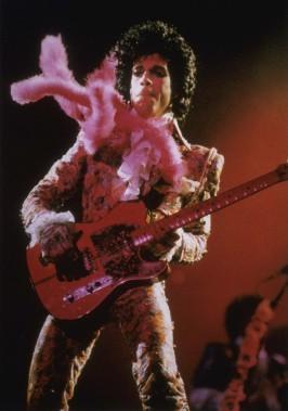 Le 11 janvier 1985, Prince a offert une performance à guichets fermés à Houston. (AP, F. Carter Smith)