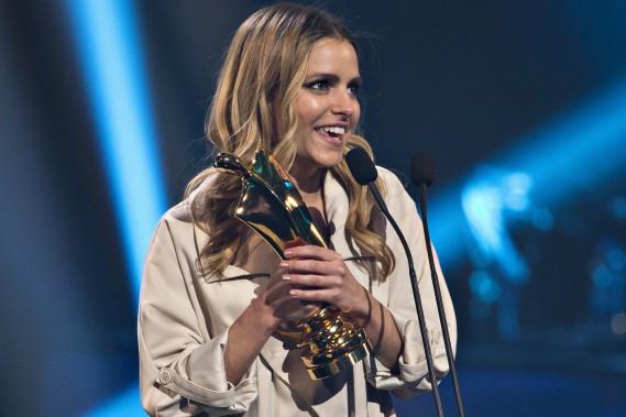 Sarah-Jeanne Labrosse est repartie avec le trophée Artis des émissions jeunesse pour ses rôles dans <i>L'appart du5<sup>e</sup></i> et <i>Lechalet</i>. (La Presse, Olivier Jean)