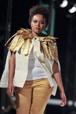 Défilé de l'Académie de mode Richard Robinson 2016. Une création de Jessy Zimmerling, étudiante en 2e année. ()