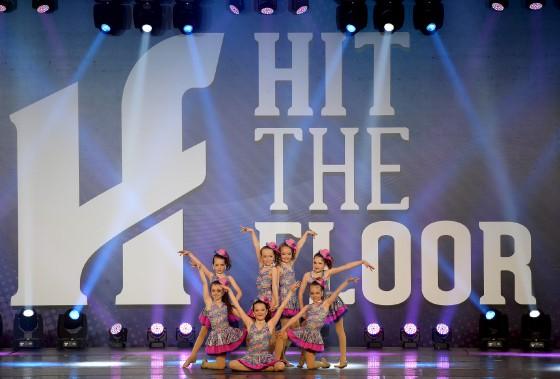Depuis jeudi dernier, 1015 numéros ont été présentés lors de la plus importante compétition de danse multistyle au Canada. (Le Soleil, Erick Labbé)