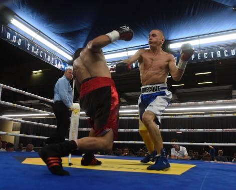 <span>Guillaume Labrecque est sorti vainqueur de son premier combat chez les professionnels en arrachant une décision partagée à Jackson Nguyen.</span> <!--EndFragment--> (Photo: Francois Gervais)