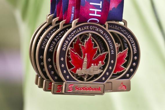 Au cours du week-end, 46912 mordus de la course à pied ont participé aux diverses épreuves organisé par l'équipe de la Fin de semaine des courses d'Ottawa. (Martin Roy, LeDroit)