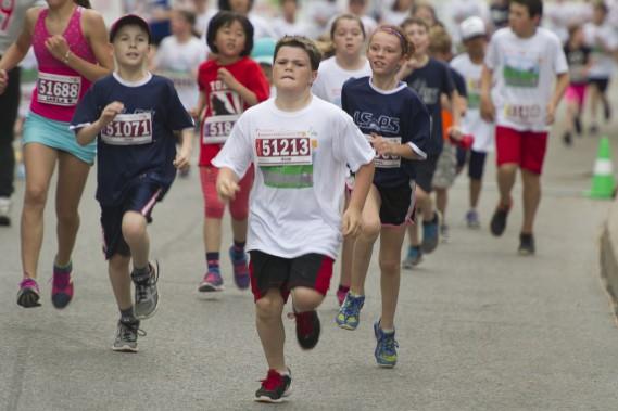 La détermination se lisait sur le visage des jeunes coureurs du marathon d'Ottawa pour les enfants. (Martin Roy, LeDroit)