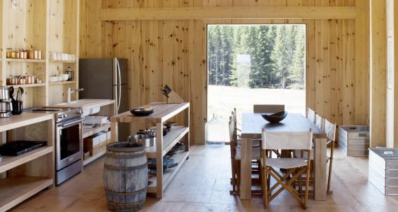 L'ébéniste Gervais Pineau a aussi fabriqué le mobilier de la maison. (Photo Marjelaine Sylvestre)