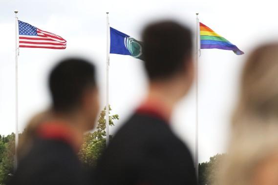 Il y a eu un moment de silence pour l'attentat d'Orlando avant le match. (Patrick Woodbury, LeDroit)