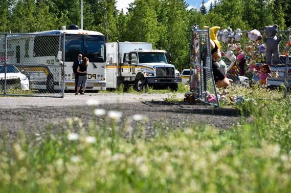Plus de 30 policiers, enquêteurs et membres du service d'identité judiciaire étaient à Trois-Rivières mardi afin de mener de nouvelles recherches. (François Gervais, Le Nouvelliste)