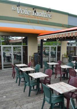 Restaurant incontournable de Chicoutimi, la Voie Maltée propose une belle grande terrasse. (Claudie Laroche)