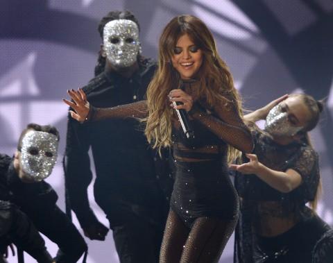 Selena Gomez sur les plaines d'Abraham (Le Soleil, Yan Doublet)
