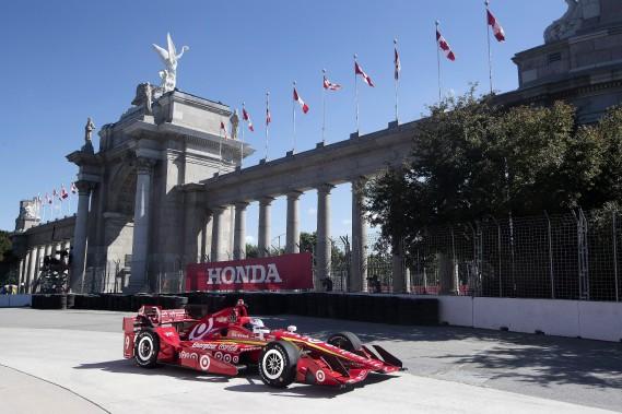 Scott Dixon s'empare de la position de tête de l'Indy de Toronto
