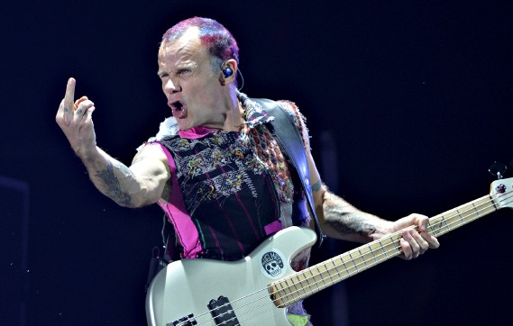 Flea, le bassiste de Red Hot Chili Peppers (Le Soleil, Pascal Ratthé)