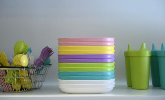 La vaisselle en matériau recyclé Re-Play va au lave-vaisselle. (Le Soleil, Yan Doublet)