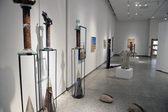 Cette composition d'oeuvres faisait partie du projet de maîtrise de Giuseppe Benedetto en 1994. (Photo Le Progrès-Dimanche, Jeannot Lévesque)