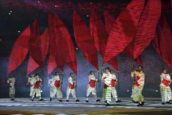 Le spectacle a fait l'éloge dela richesse de la culture brésilienne. (AFP, Jewel SAMAD)