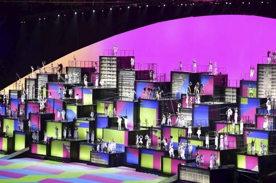 Au total, 4800 artistes et bénévoles étaient impliqués dans le spectacle. (AFP, JAVIER SORIANO)