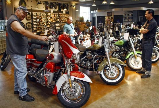 Motos polluantes: Harley-Davidson dans le collimateur de la justice