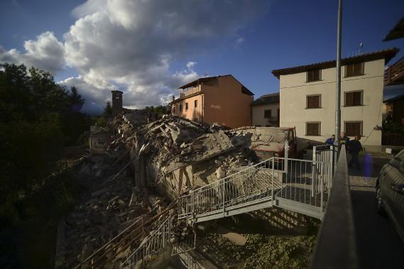 Des bâtiments d'Amatrice, en Italie, ont été détruit par le séisme. (AFP, Filippo Monteforte)