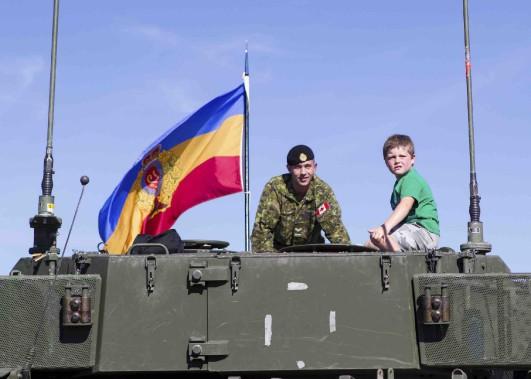 La base militaire de Valcartier a ouvert ses portes au public, samedi, pour la troisième fois en 102 ans d'histoire. (Le Soleil, Caroline Grégoire)