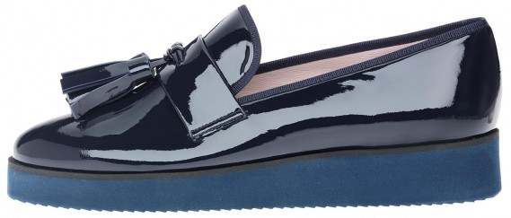 Charlize Blue Sole Tassel de Pretty Loafers (379$) (Fournie par Pretty Ballerinas)