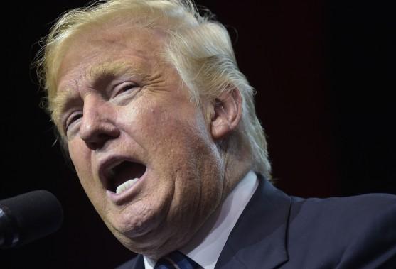 Trump attaque Ford et ses plans de délocalisation au Mexique