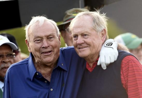 Arnold Palmer avec Jack Nicklaus au Tournoi des Maîtres en 2015. (Photo archives AFP)
